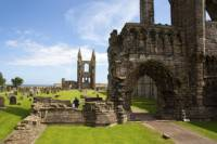 Stirling, Whisky Distillery and St Andrews Day Trip from Edinburgh with Spanish Speaking Guide