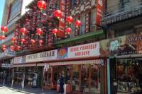 Teas Temples and Beatniks Tour Including Chinese Tea and Dessert Tastings