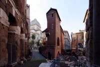 The Hearth of Ancient Rome and Ghetto Walking Tour