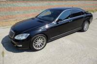 Transportation in Warsaw by Limousine Mercedes S-Class
