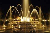 Versailles Gardens Ticket: Summer Fountains Night Show and Fireworks with Optional Royal Serenade Dance Show