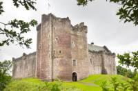 Western Highlands Castles and Lochs Day Trip from Edinburgh