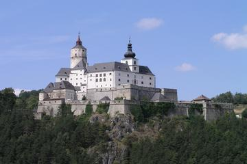 1 Hour Castle Tour with Weapons Collection at the Forchtenstein Castle