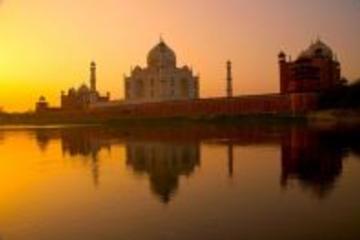 11-Hour Agra Day Tour: Sunrise and Sunset of Taj Mahal