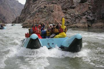 2-Day Flight and Rafting Tour of Grand Canyon
