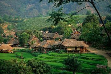 2-Day Mai Chau Valley Tour from Hanoi