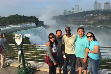 2-Day Niagara Falls Day Trip from New York City by Train and Air