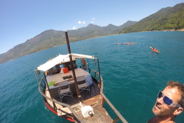 2-Day or 3-Day Boat Adventure Trip in Paraty
