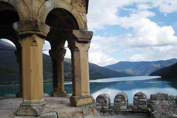 2-Day Private Tour to Kazbegi from Tbilisi