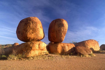 2-Day Tour from Darwin to Alice Springs Including Mataranka Hot Springs Devils Marbels and Edith Falls