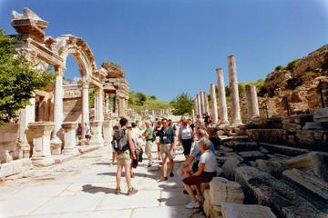 2-Day tour from Marmaris and Icmeler: Ephesus and Pamukkale