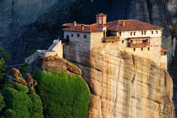 2-Day Trip to Delphi and Meteora from Athens