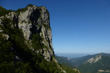 2-Day Versilia and Apuan Alps Hiking Tour from Florence