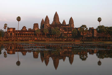 3-Day Empire of the Khmer Tour from Bangkok