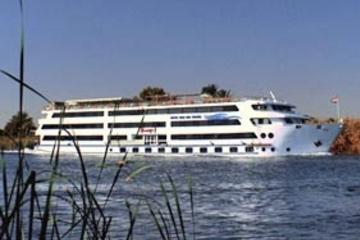 5-Day Nile River Cruise from Luxor to Aswan with Optional Private Guide