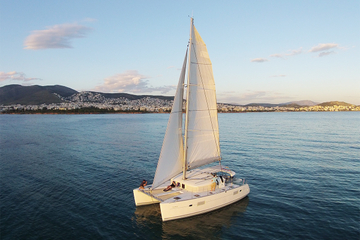 5-hr Luxury Catamaran Cruise from Athens with Traditional Greek Meal and BBQ