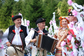 6-Day Tour from Budapest: Slovak Folk Traditions