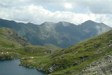 8-Day Hiking Tour through the Carpathian Mountains from Sibiu