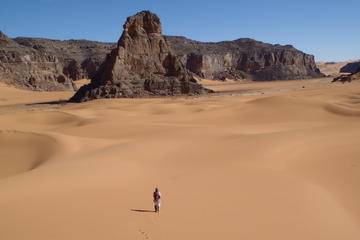 8 Days Circuit hiking Sahara in Algeria with flights included