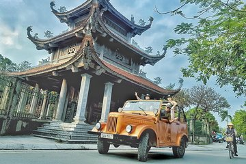 Hanoi Antique Gaz69 Jeep Tours - Food, Culture, Sight and Fun
