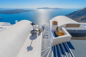9-Night Romantic Private Tour of Athens, Santorini and Peloponnese Coast