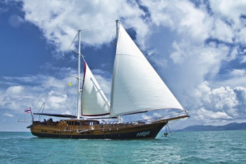 Angthong Discovery Cruise from Koh Samui