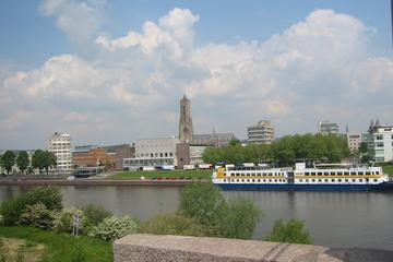 Arnhem Private Guided Tour and Historic Cellars Visit