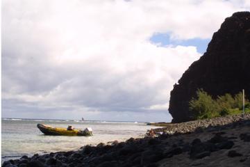 Beach Landing Excursion by Zodiac From Kauai