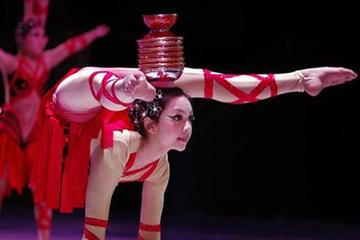 Beijing Night Acrobatic Show at Tiandi Theatre