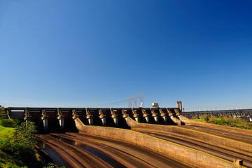 Brazilian Side of Iguassu Falls and Itaipu Dam Full-Day Sightseeing Tour from Puerto Iguazú