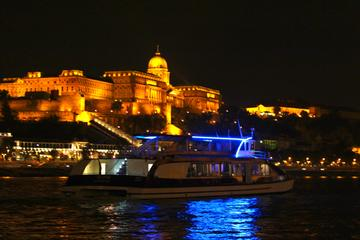 Budapest Dinner Cruise with Piano Battle Show
