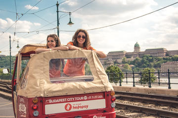 Budapest TukTuk Experience - Riverbanks of Danube