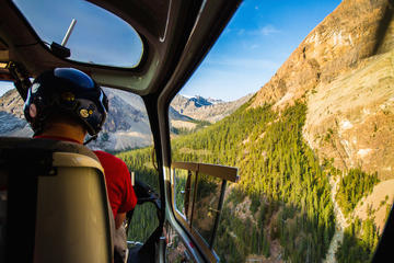 Canadian Rockies Helicopter Tour with Transport from Banff