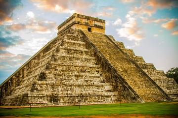 Cancun Super Saver: Exclusive Early Access to Chichen Itza plus Early Access to Tulum Ruins with an Archaeologist Guide