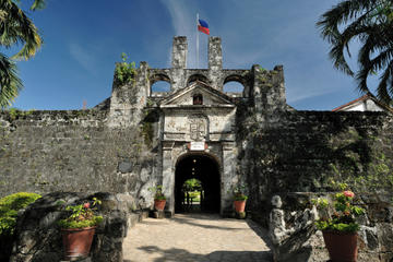 Cebu Historical Tour Including Magellan's Cross and Horse-Drawn Carriage Ride