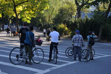 Central Park Bike Tour with Professional Photoshoot