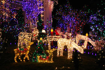 Christmas Lights Walking Tour of Dyker Heights Brooklyn