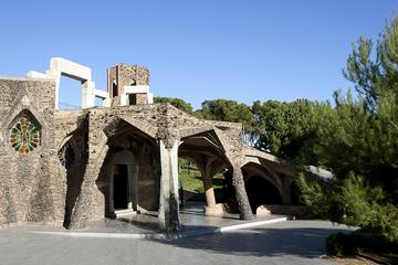 Colònia Güell and Gaudi Crypt Entrance Ticket Including Audio Guide and Crypt Guidebook