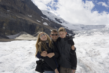 Best Columbia Icefield Tour including the Glacier Skywalk from Jasper