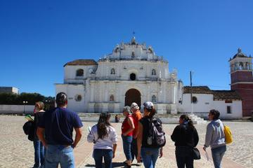 Comalapa Market and Paintings Tour with Iximche Ruins from Guatemala City