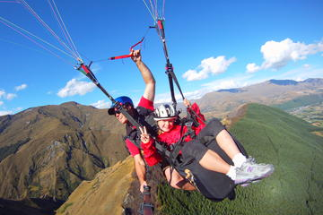 Coronet Peak Tandem Paragliding 3800ft