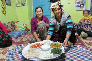 Cultural Exchange and Hiking Tour in Cappadocia