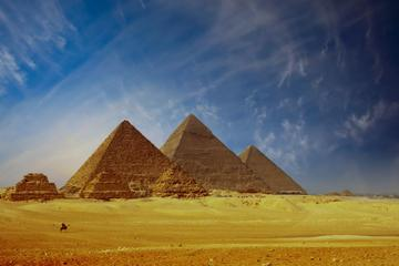 Day Trip Visiting The Pyramids of Sphinx, Sakarra and Memphis