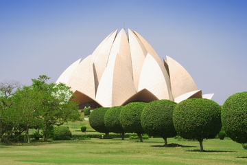 Delhi Morning Temple Tour Including Kalkaji Temple, Lotus Temple and ISKCON Temple with Breakfast