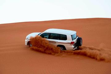 Desert Adventure Safari with free Sand Boarding incl BBQ Dinner and Entertainment Shows