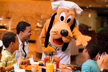 Disneyland Resort Characters Dining
