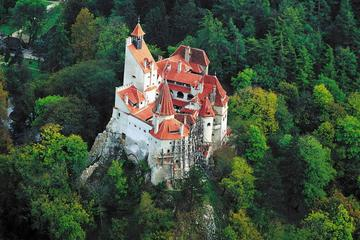 Dracula's Castle, Rasnov Fortress and Sinaia Castle Day Trip from Bucharest