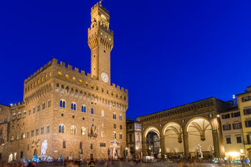 Florence by Night: Legends and Mysteries