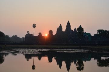 Full day Angkor tour by Tuk Tuk from sunrise