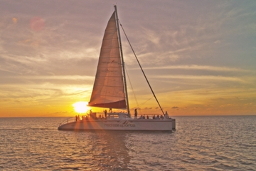 Grand Cayman Catamaran Dinner Cruise